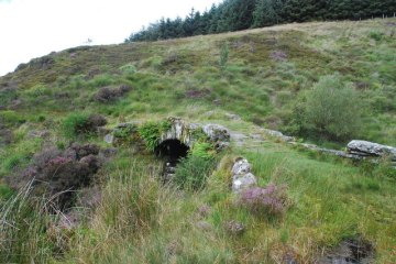 Packhorse Bridge, where we left the 'quarry nightmare' behind! © Copyright Martin Keegan and licensed for reuse under a Creative Commons Licence
